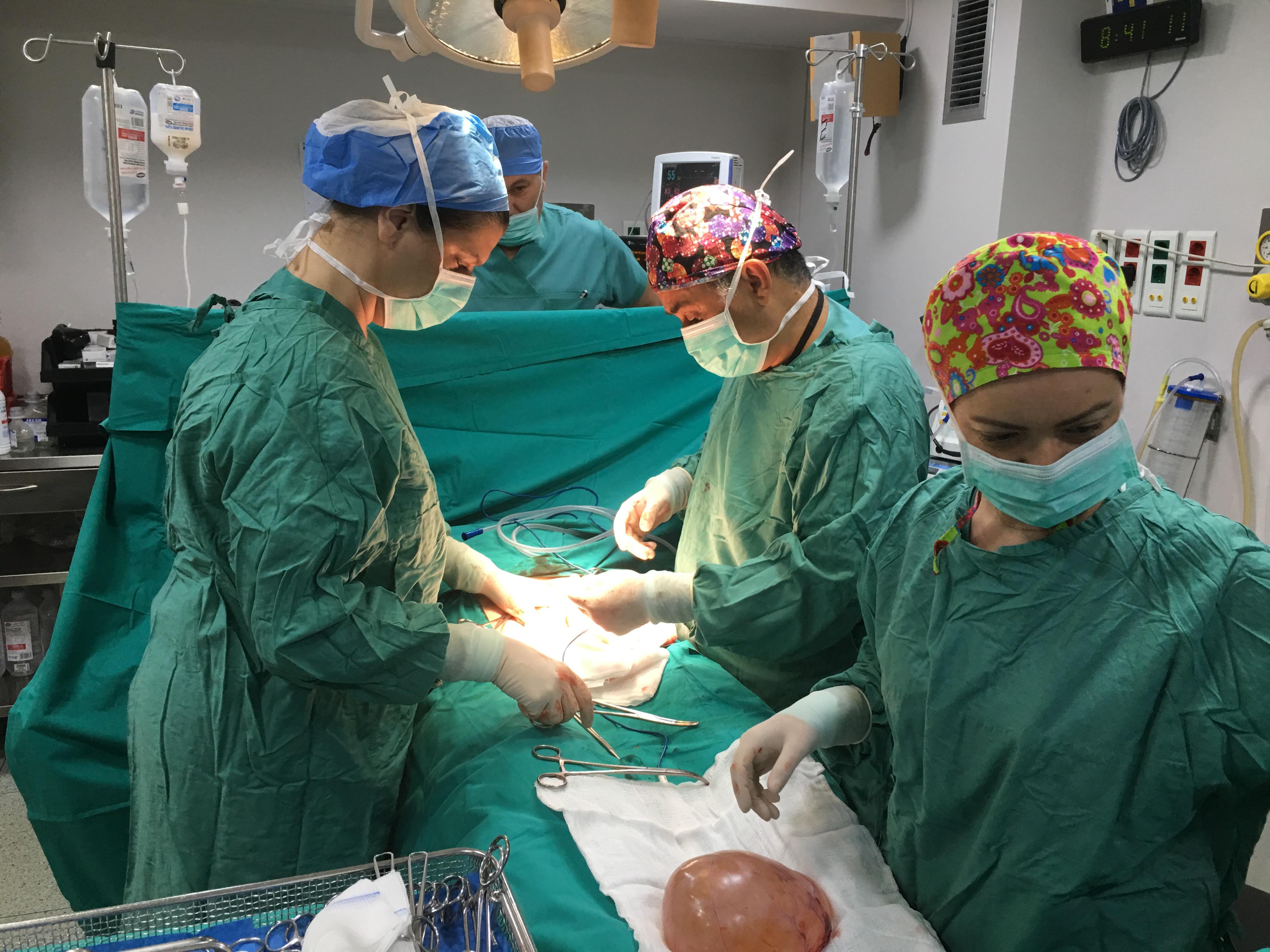 Η Χειρουργική μας Ομάδα